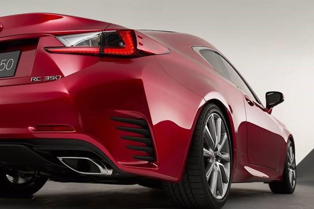 Lexus-RC300h-2015-4
