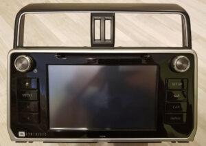 Оригинальная магнитола на Toyota Land Cruiser Prado 150