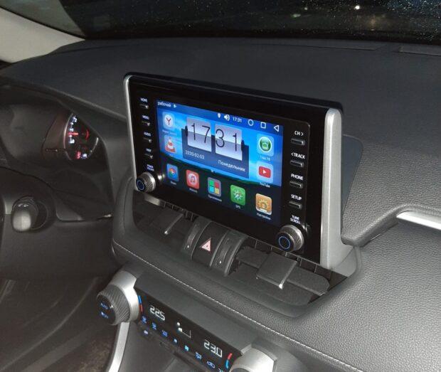 Блок навигации Radiola RDL-04 на Android 8 для Toyota RAV4 2019+
